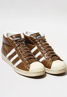 VINTAGE ADIDAS PRO MODEL SUPERSTAR LEATHER HI-TOPS
