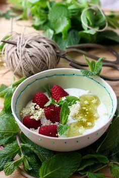 Deixa entrar o sol Acai Bowl, Breakfast, Kitchen, Sun, Acai Berry Bowl, Morning Coffee, Cooking, Kitchens, Cuisine