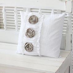 pretty feminine pillow looks easy enough to make