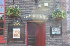 Fish & Chips é tradição, ainda mais se for na margem do Rio Tamisa...