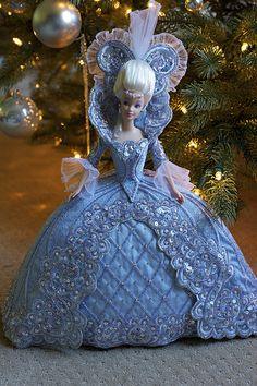 Superbe Barbie de style Madame de Pompadour!