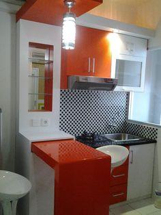 Motif Keramik Dapur Sempit Warna Merah Dipadu Dengan Motif Keramik