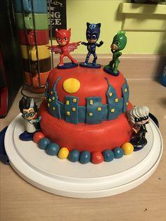 Marshmallow Fondant, Mini Marshmallows, No Bake Desserts, Serving Size, Easy Peasy, Really Cool Stuff, Icing, Ali, Cake Decorating