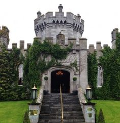 Dromoland Castle which is located in County Clare in Dublin countryside.  We were here.