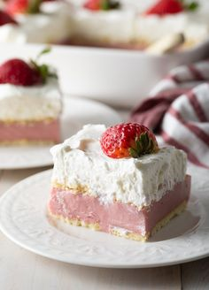 Homemade Strawberry Pudding Recipe - A Spicy Perspective Strawberry Pudding, Strawberry Bread, Strawberry Cookies, Banana Pudding, Silky Pudding, Easy Pudding Recipes, Pudding Desserts, Icebox Desserts, Roasted Strawberries