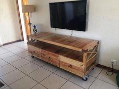 Pallet TV Stand 18