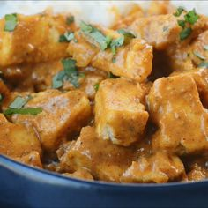 This Vegan Butter Chicken is everything you want in a quick and easy weeknight dinner! Quick (just thirty minutes) and healthy, I have an easy method of preparing the tofu that makes it taste so much like chicken, and the dairy free creamy sauce is to die Easy Weeknight Dinners, Vegan Dinners, Quick Easy Vegan Meals, Easy Vegan Food, Vegan Weeknight Meals, Easy Vegan Dinner, Whole Food Recipes, Cooking Recipes, Healthy Recipes
