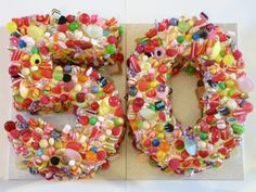 flower Birthday Cupcake Ideas | ... use cupcakes to make up the 50 like this one from Cupcake's by Paolo