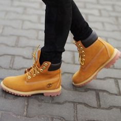 Women's Timberland Work Boots Worn once- no damage, great for winter, suuper cute Timberland Shoes Winter & Rain Boots
