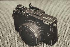 Photo by sqbiedoo Photography Camera, Glamour Photography, Photography And Videography, Love Photography, Canon Camera Models, Camera Gear, Camera Equipment, Photo Equipment, Camera Watch