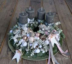 Christmas Advent Wreath, Easy Christmas Crafts, All Things Christmas, Simple Christmas, Winter Christmas, Christmas Time, Xmas, Advent Wreaths, Candle Centerpieces