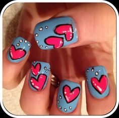 Comic-Style Heart nails