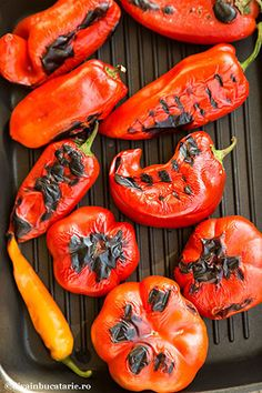 zacusca-de-dovlcei-1 Stuffed Peppers, Vegetables, Food, Salads, Stuffed Pepper, Veggies, Essen, Vegetable Recipes, Yemek
