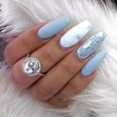 25 + › Ich bin absolut verliebt in diesen Nagellook. Babyblaue Nägel mit silber / chrom … I am absolutely in love with this nail look. Baby blue nails with silver / chrome … Gorgeous Nails, Love Nails, Fun Nails, Amazing Nails, Swag Nails, Pretty Nails, Marble Acrylic Nails, Acrylic Nail Designs, Acrylic Summer Nails Coffin
