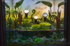 A funky aquarium setting for this Hermès watch display case at SalonQP 2014 Aquarium Set, Hermes Watch, Watch Display Case, Saatchi Gallery, In A Heartbeat, Quilling, Art Gallery, Eyes, Bedspreads