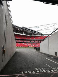 Wembley Stadium, Outdoor Furniture, Outdoor Decor, Hammock, Hammocks, Hammock Bed, Backyard Furniture, Lawn Furniture, Outdoor Furniture Sets
