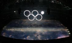 #Sochi #OpeningCeremony glitch: only four of five rings light up. #fail #lol #sochiproblems #olympics