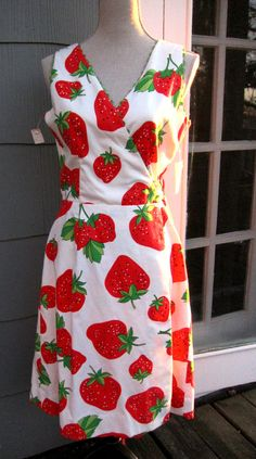 A vintage strawberry dress, in a wrap dress style, size 8 or medium (modern day). Trimmed with green ric rac, very large red strawberries with Strawberry Dress, Strawberry Patch, Strawberry Shortcake, Strawberry Hill, Strawberry Decorations, Strawberry Fields Forever, Rajputi Dress, Dream Dress, Dress Making