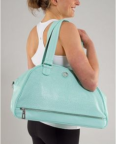 @Ashley Spencer. This is the one I was talking about. lululemon gym bag!