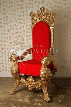 Throne Chairs- imagine this in my dressing room! Anyone who knows me can picture it. :P