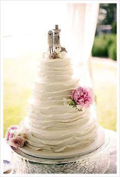 Cake: http://www.mycakedelights.com/  Photo: http://www.eleisetheuer.com/
