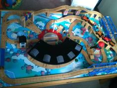 Thomas train set and table
