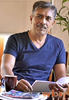 Prakash Jha has to Work Very Hard to Make Entertaining Films off Relevant Issues:  http://www.washingtonbanglaradio.com/content/prakash-jha-has-work-very-hard-make-entertaining-films-relevant-issues
