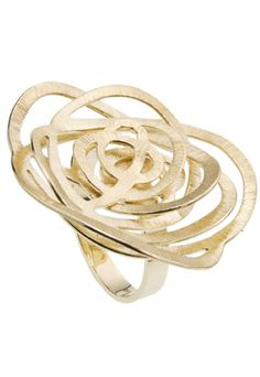 Rosamaria G Frangini | High Floral Jewellery | Flower Ring | H. Stern. 18K yellow gold