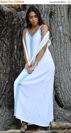 Source by selamawitsolomo resort wear Winter Dresses, Spring Dresses, Flowing Wedding Dresses, White Kaftan, Beach Wear, Dress Beach, White Maxi Dresses, International Fashion, Resort Wear