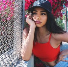 The Real Gentlemen's Club Photographer: Mae Duarte Model: Naressa Valdez White Nike Hat, Pretty People, Beautiful People, Naressa Valdez, Tmblr Girl, Foto Casual, Tumblr Outfits, Pretty Face, Hair Beauty