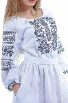 Ethnic Fashion, Hijab Fashion, Fashion Dresses, Blouse Dress, Dress Up, Ukrainian Dress, Altered Couture, Bohemian Style, Winter Fashion