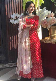 Party Wear Indian Dresses, Pakistani Fashion Party Wear, Indian Bridal Outfits, Pakistani Bridal Dresses, Pakistani Dress Design, Bridal Lehenga, Casual Indian Fashion, Indian Fashion Dresses, Dress Indian Style
