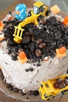 Stoere taart met graafmachine zelf maken!