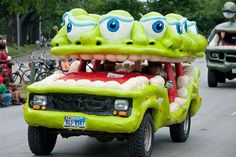 Car-Art Car: the eyes have it!