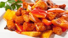 Whether you enjoy sweet and sour or sweet and spicy, you can whip this gluten free Chinese pork up with little effort. Fodmap Recipes, Pork Recipes, Cooker Recipes, Chicken Recipes, Sweet Sour Pork Recipe, Sweet N Sour Chicken, Slow Cooker Huhn, Slow Cooker Chicken, Chinese Recipes