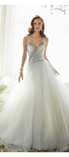 Sophia Tolli 2015 Bridal Collection | not into nonwhite gowns personally but I love the style!!
