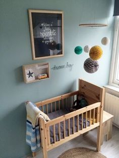 love the simplicity of this nursery