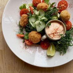 Weekend Special in Derby - Salad of mini oriental crab cakes with Red pepper and Garren aioli. #weekendlunch #derby #cathedralquarter #cafe #crabcakes #lunchtime
