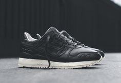 "Asics Gel Lyte III ""Christmas"" - Available - SneakerNews.com"