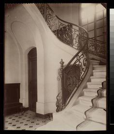 Folie Thoinard 9 Rue Coq Heron 1e by Eugene Atget, George Eastman House, via Flickr