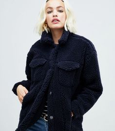 Buy Monki teddy trucker jacket in navy at ASOS. With free delivery and return options (Ts&Cs apply), online shopping has never been so easy. Get the latest trends with ASOS now. Teddy Bear Jacket, Teddy Coat, New Look Coats, Winter Outfits 2017, Asos, French Outfit, Fur Collar Coat, Bleu Marine, Monki