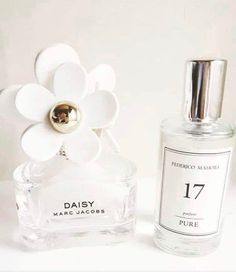 one of my fave scents! We have pur own matching fragrance If you want to see a list of all out alternative perfumes drop me a comment or Emoji below 🖤 .°This one of my fave scents! We have pur own matching fragrance If you want. Dior Fragrance, Fragrance Samples, Fragrances, Creed Fragrance, Parfum Marc Jacobs, Ysl, Cologne, Perfume Quotes, Perfume Logo