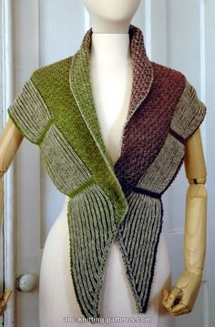 Free knitting pattern for La Riviera Shawl with Brioche Border