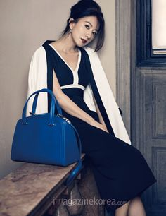 Harper's Bazaar Korea Korean Wave, Asian Celebrities, Korean Actresses, Office Outfits, Korean Beauty, Girl Crushes, Editorial Fashion, Portrait Photography, Fangirl