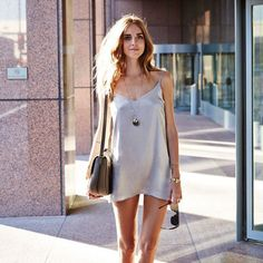 25 Street Style Outfit That Will Make You Look Fantastic - Luxe Fashion New Trends - Fashion Ideas Valentinstags Outfits, Night Outfits, Trendy Outfits, Fashion Outfits, Valentine Outfits For Women, Valentines Outfits, Night Dress For Women, Date Night Dresses, Casual Chic