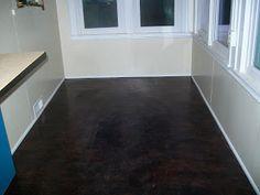 Paper Grocery Bags, Elmers Glue, Rit Dye  Polyurethane = Fabulous Floor! You're Kidding, Right?