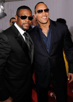"Grammy Red Carpet: Men Chris Tucker & Dwayne ""The Rock"" Johnson"