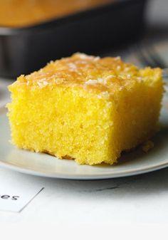 A Lemon Cake to Die for! - 100K-Recipes Lemon Dessert Recipes, Cake Mix Recipes, Lemon Recipes, Easy Desserts, Baking Recipes, Delicious Desserts, Lemon Cake Mixes, Easy Lemon Cake, The Fresh