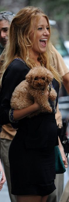 Blake Lively and dog #celebrities #dogs