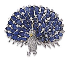 SAPPHIRE AND DIAMOND BROOCH..